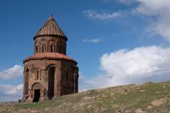 …und geben den Blick frei auf den Schamatun der Apostelkirche.