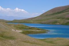 Je weiter wir aber weg vom Berg laufen, desto schöner wird das Wetter wieder