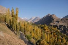 Nach einer Woche verlassen wir Karimabad in Richtung Gilgit. Tschüs Hunza-Valley!