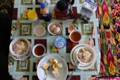 Erst mal täglich ausgiebig frühstücken...