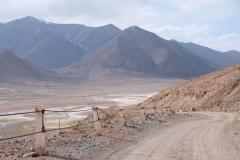 Vom höchsten Punkt aus geht es bergab Richtung Karakol