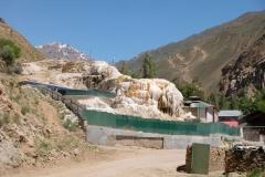 Die heißen Quellen von Garm Chashma. Von außen noch nicht so ganz vielversprechend...