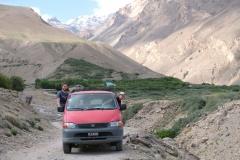 Bei Yamchun fahren wir hinauf in die Berge