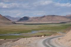 Anfahrt auf Murghab. Kaum zu glauben, dass diese Berge über 4.000 m hoch sind.