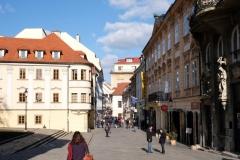 Die Fußgängerzone in der historischen Altstadt Bratislavas