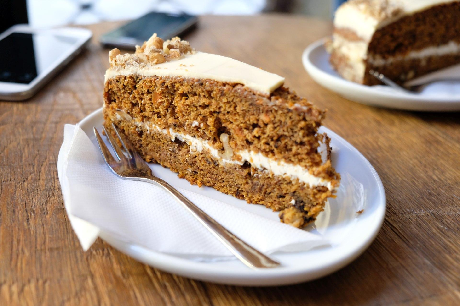 Zur Stärkung gibt es später einen sehr leckeren Rübli-Nuss-Kuchen