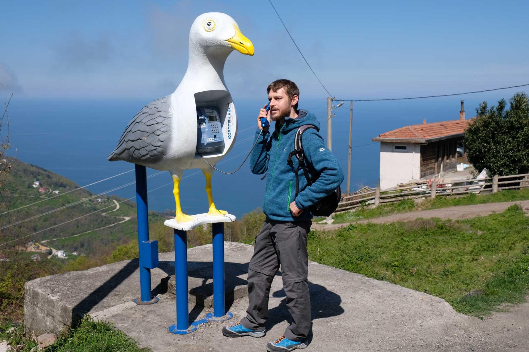Nach Hause telefonieren - zum Glück gibt es auch andere kostenkünstige Alternativen