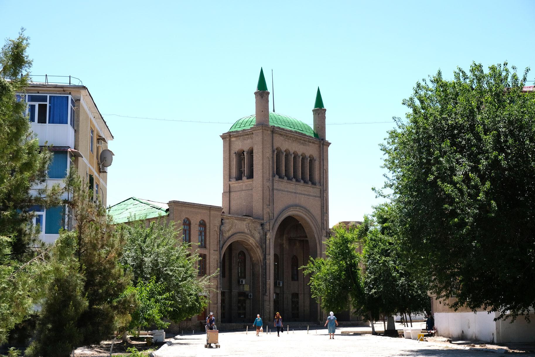 Die hübsche Stadtmitte von Turkmenabad