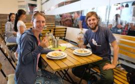 Auf der Expo lassen wir uns bayerische Köstlichkeiten schmecken - ein Stück Heimat :-)