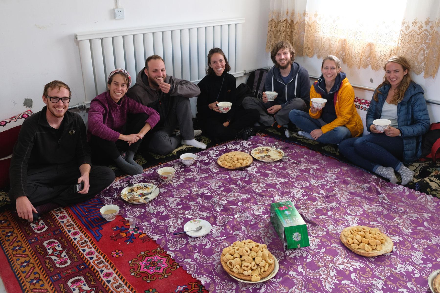 Unsere Hochzeitsgruppe: Mike aus Wales, Yarden und Itai aus Israel, Naomi aus England, wir zwei und Chloe aus England
