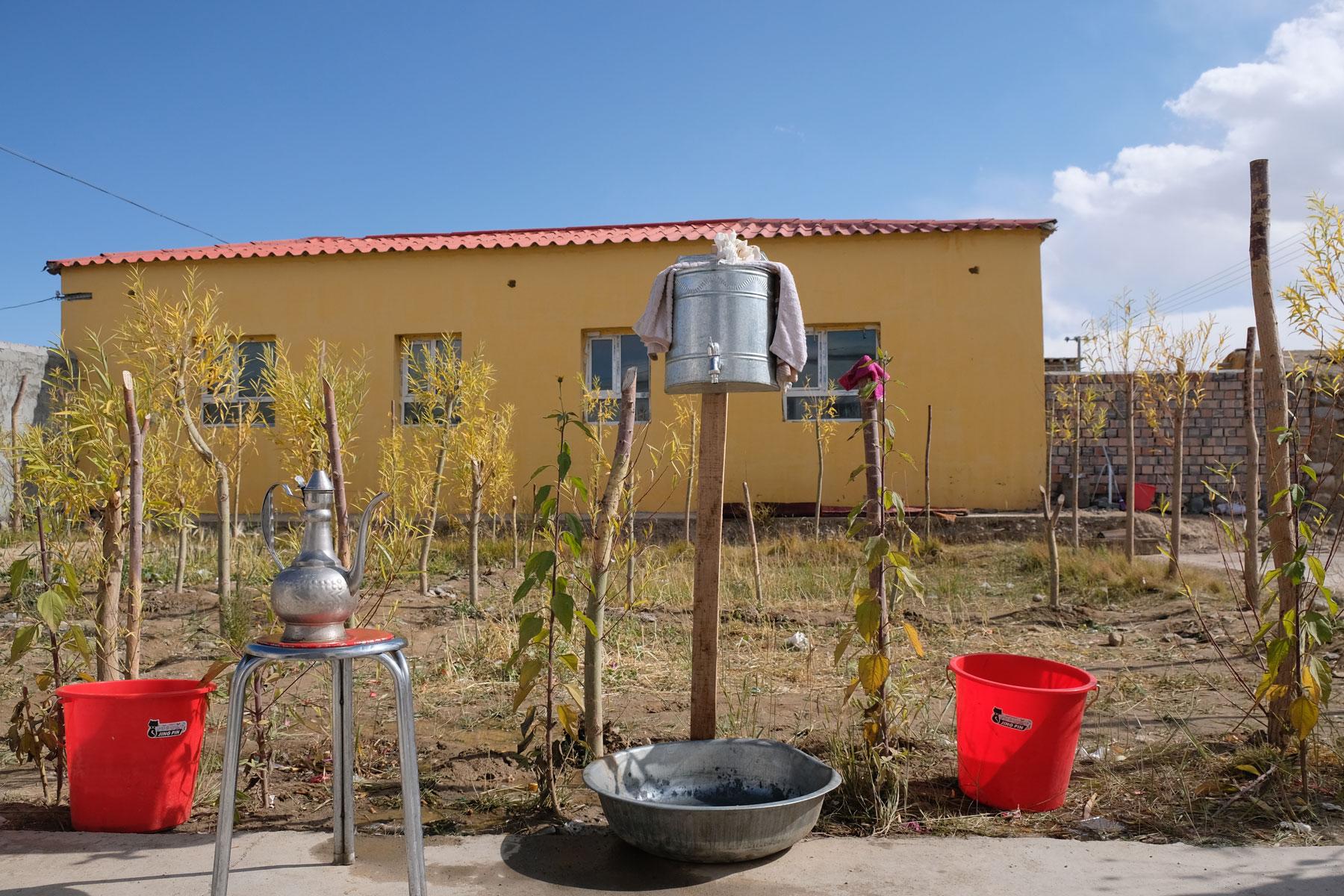 Handwaschgelegenheit draußen im Hof