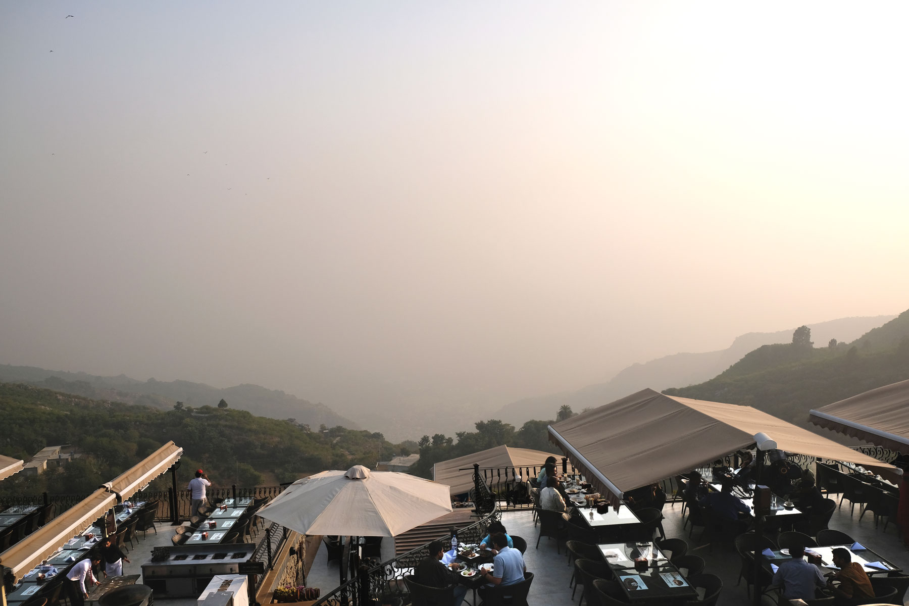 Eigentlich hätte man von hier einen tollen Blick auf Islamabad. Eigentlich...