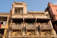 Amritsars Innenstadt gefällt uns mit ihren vielen hübsch verzierten Häusern