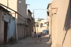 Doch in den Abendstunden werden die Temperaturen erträglicher und auch die Kinder kommen wieder auf die Straße