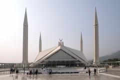 Die Schah-Faisal-Moschee ist die Nationalmoschee Pakistans und eine der größten des Landes