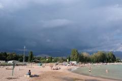 Das Wetter verschlechtert sich und bald haben wir den Strand für uns alleine