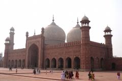Die Badshahi-Moschee ist die zweitgrößte Moschee Pakistans und eine der größten Moscheen der Welt