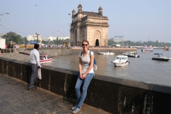 Vor dem Gateway of India...