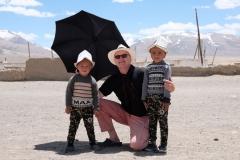 In Alichur treffen wir zwei Brüder mit Kirgisenhüten
