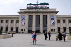 Der Teheraner Hauptbahnhof, Dank Feiertag überraschend leer
