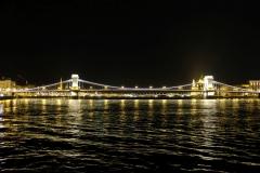 Das nächtliche Budapest ist wahrlich mehr als nur eine Bootsfahrt wert! :-)
