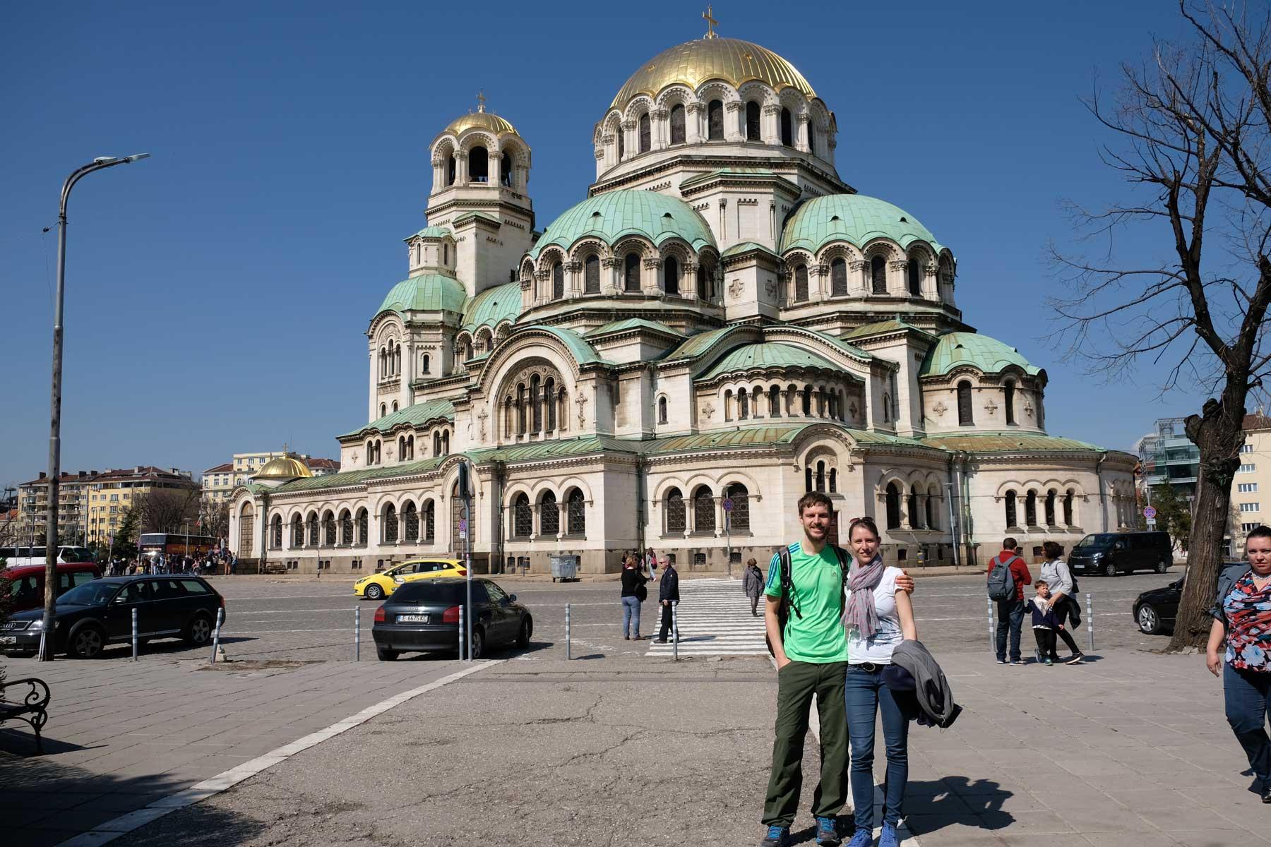 Sebastian und Leo vor der Alexander-Newski-Kathedrale
