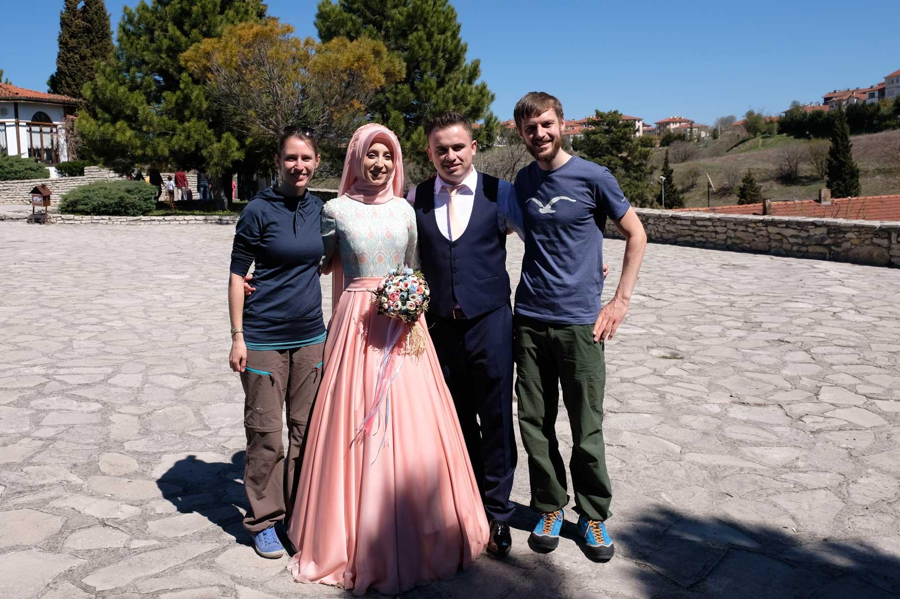 Ob das Foto wohl auch ins Hochzeitsalbum aufgenommen wird? :-)