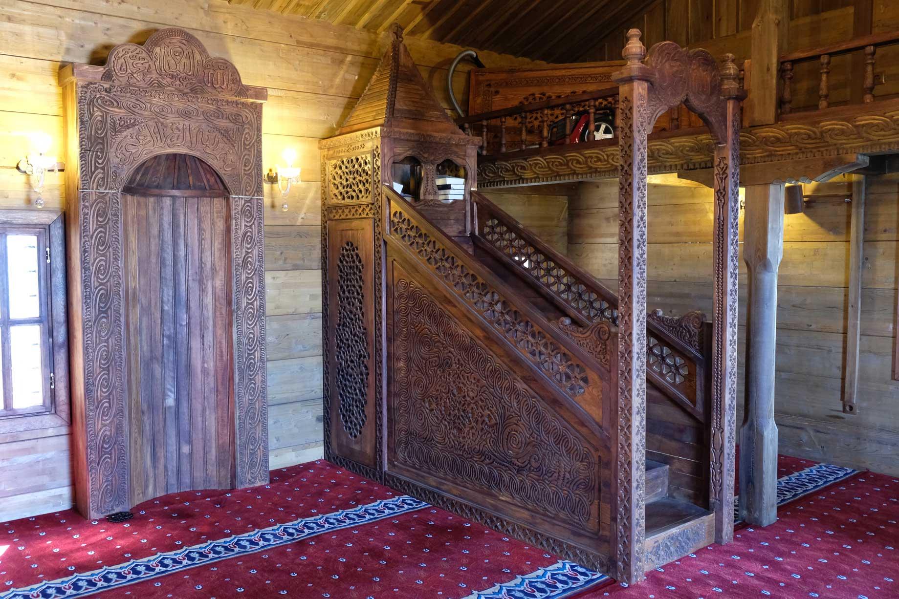 Holzmoschee von Innen