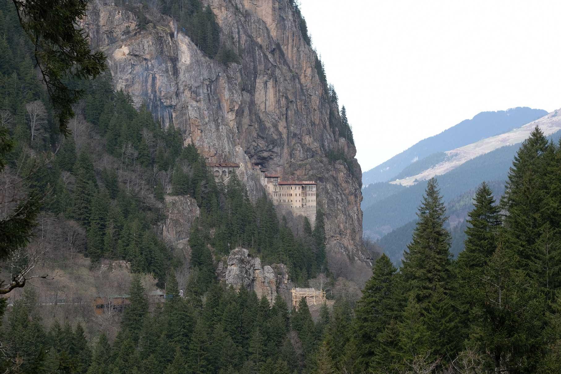 Das Kloster Sumela in den Bergen