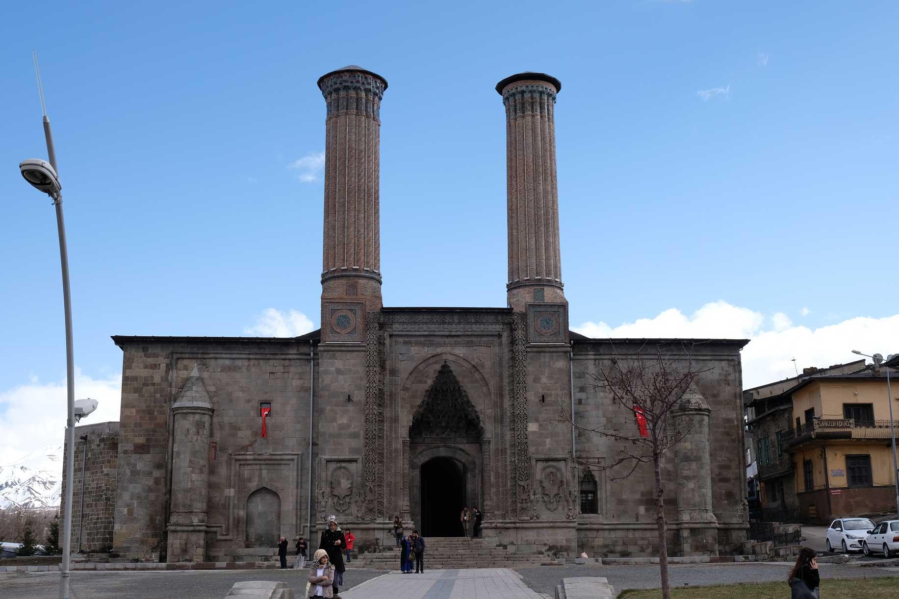 Die Çifte Minare Medrese in Erzurum