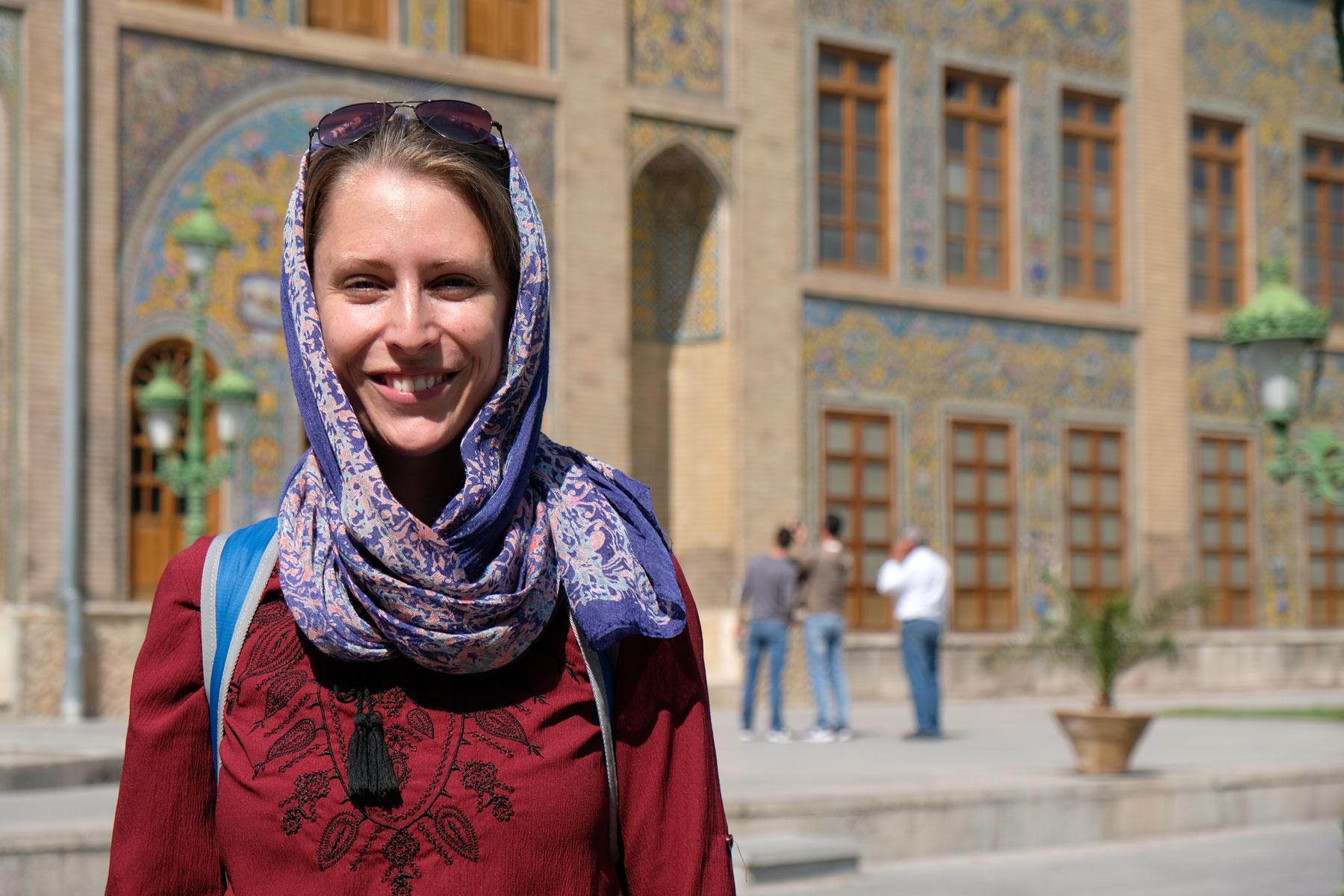 Leo vor dem Golestan Garden Palace