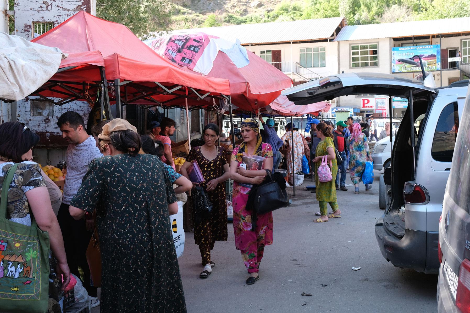Wochenmarkt in Khorog.