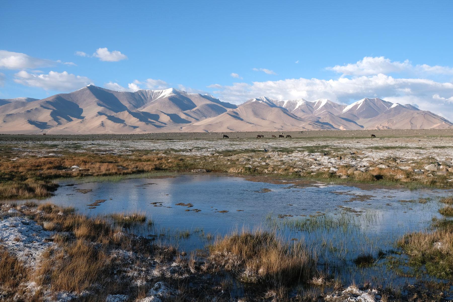 Karakul See im Pamirgebirge.