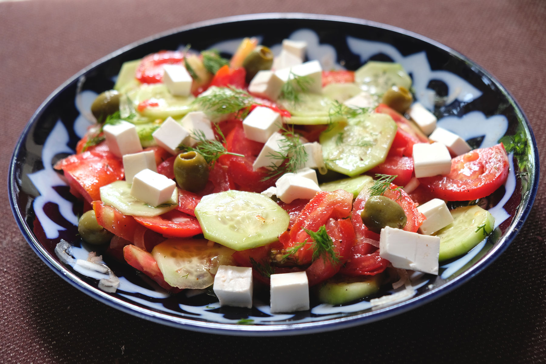 Unser (fast) täglicher, super leckerer Salat mit den geschmackintensivsten Tomaten überhaupt! :-)