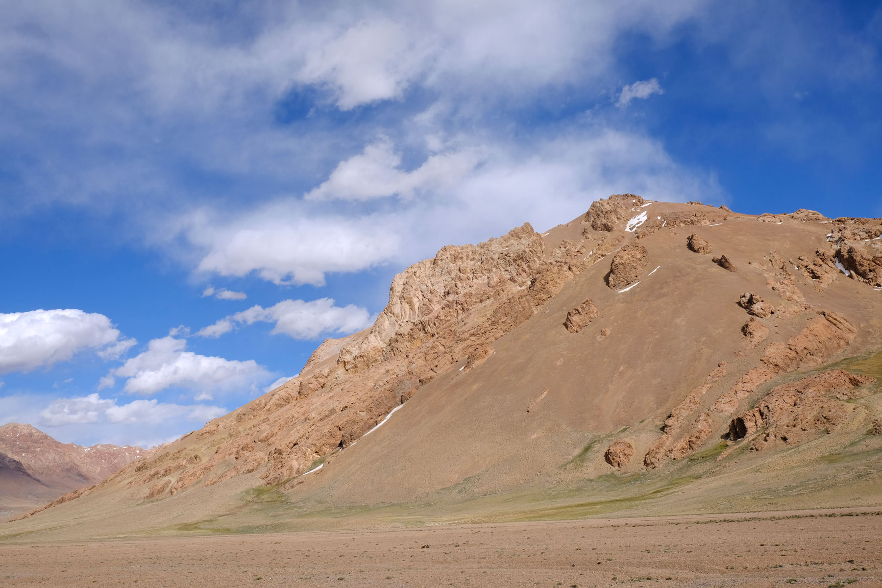 Ein Berg auf dem Pamir-Plateau.