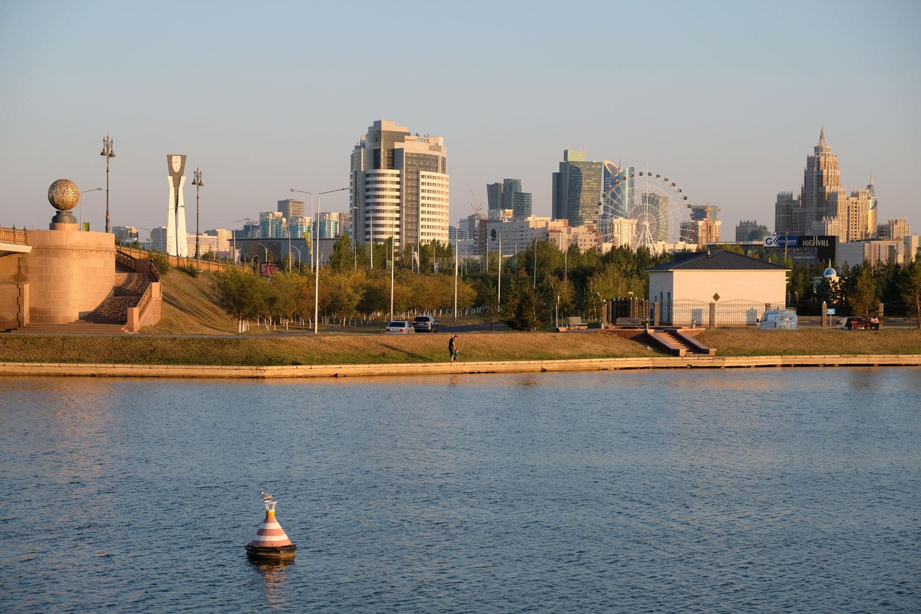 Ischim-Fluss in Astana.