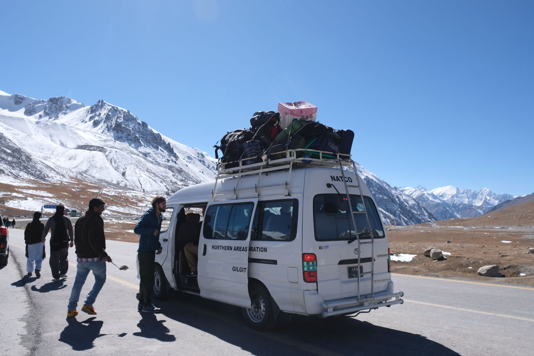 Unser Kleinbus, der uns von Tashkurgan bis ins pakistanische Sost bringen wird