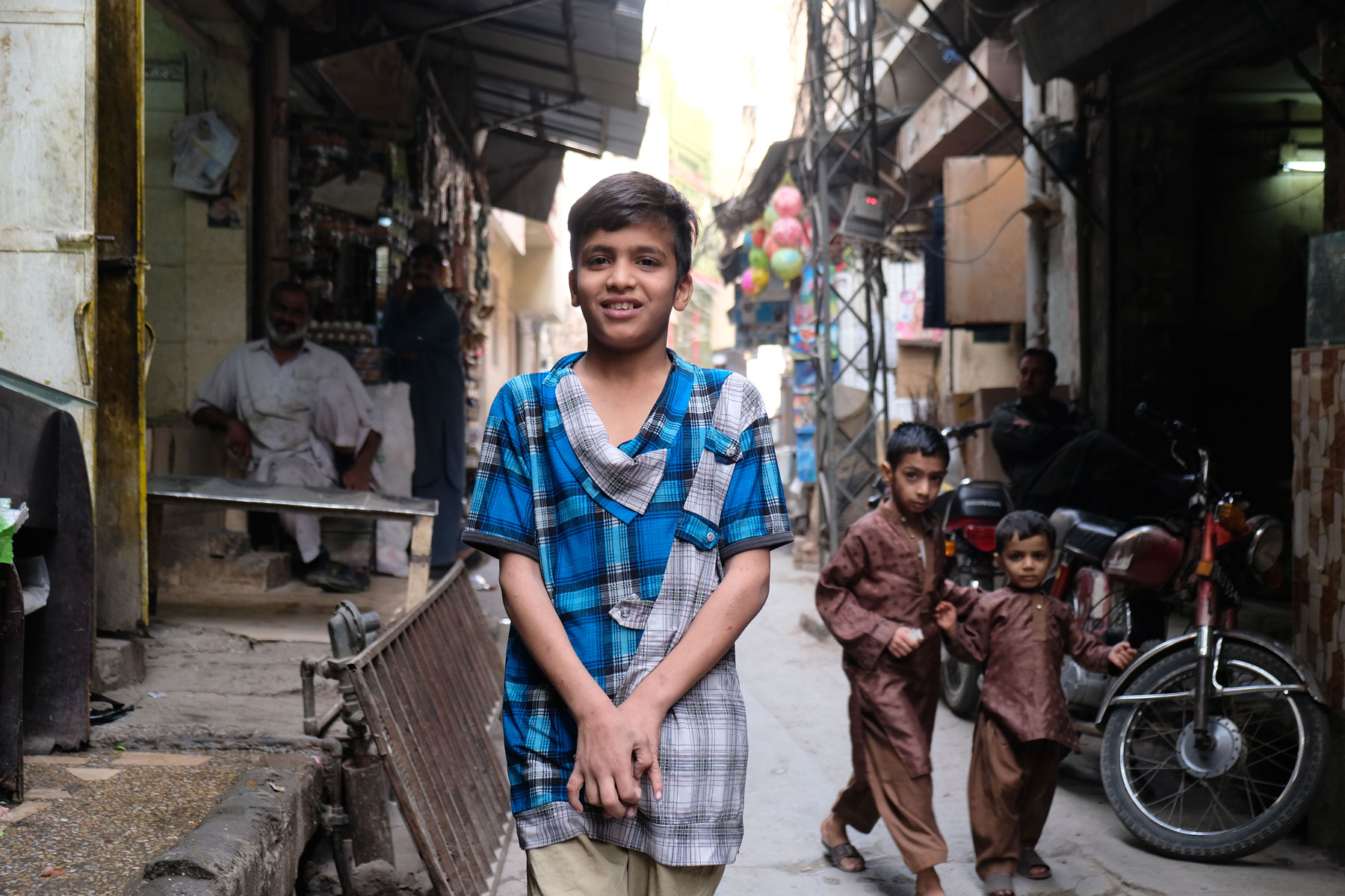Ein pakistanischer Junge in Rawalpindi.