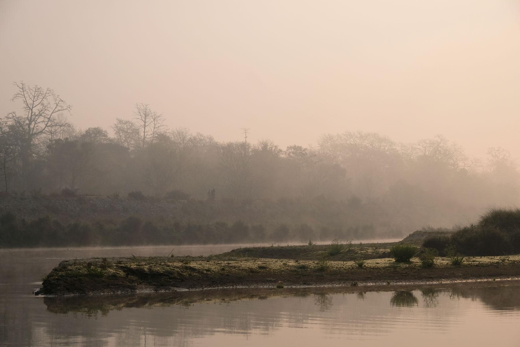 Ein Fluss im Chitwan Nationalpark in Kathmandu.