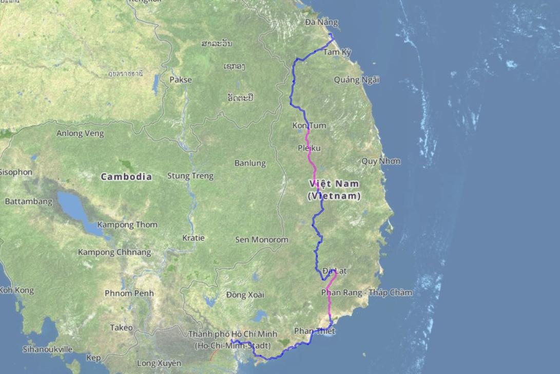 Eine Landkarte, in die eine Fahrradroute durch Vietnam eingetragen ist.