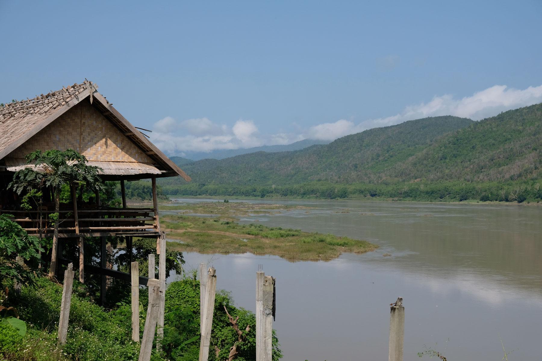 Eine Hütte am Mekong bei Luang Prabang.