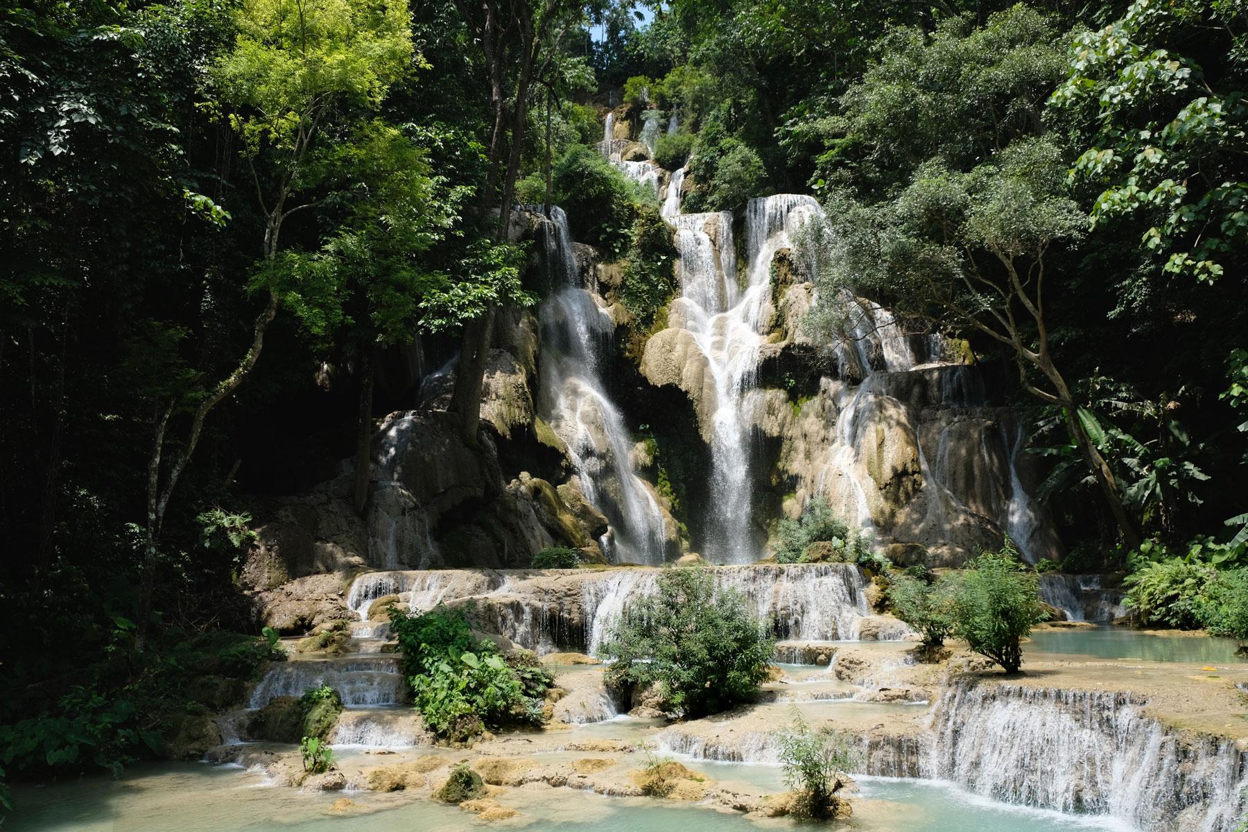 Die Tat Kuang Si Wasserfälle bei Luang Prabang.