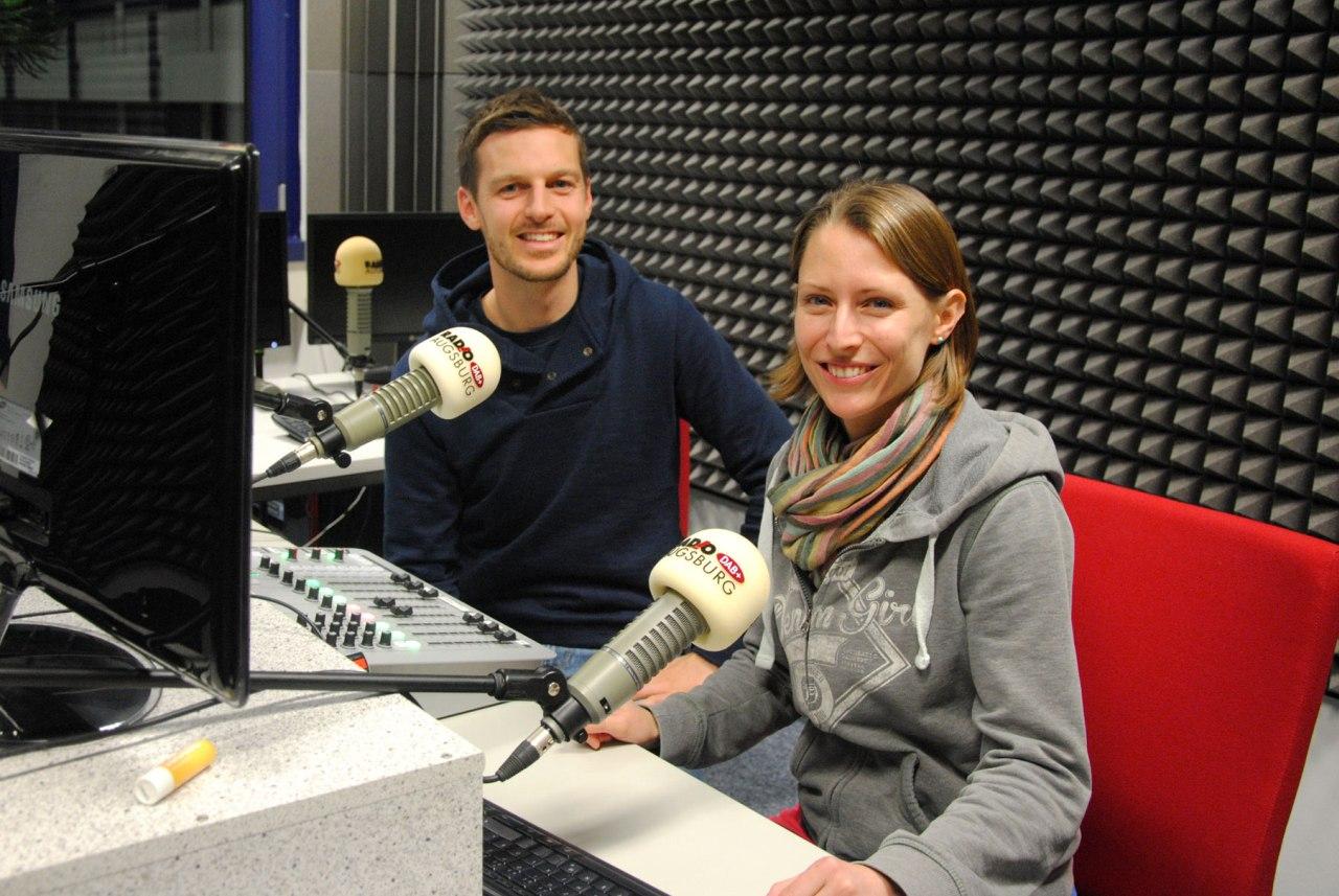 Leo und Sebastian im Radiostudio